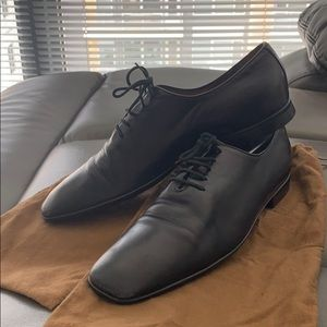 Men's Gucci classic black leather dress shoes
